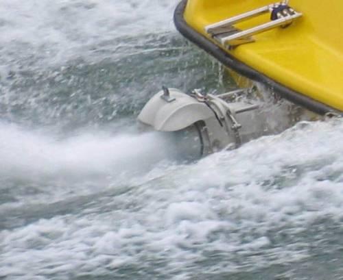 стеклопластиковые лодки с водометом